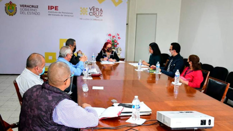 conferencia_de_prensa_barzon_rc_IPE
